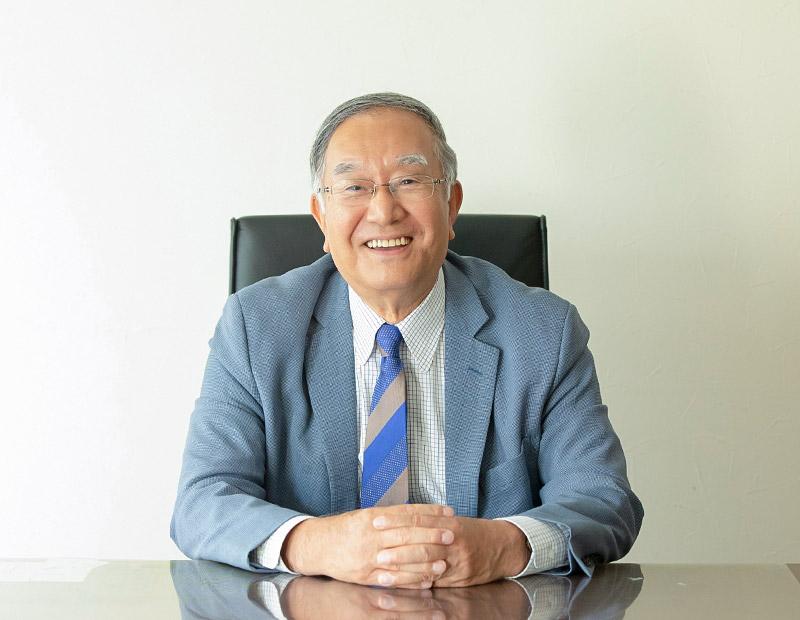 学校法人 国際理工専門学校 理事長 / 学校長 竹井 透